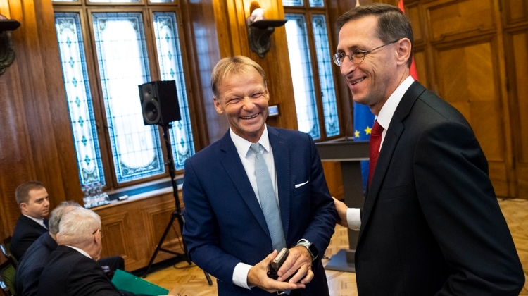 Finance Minster Sees Growing Opportunities For Hungarian Firms In Asia