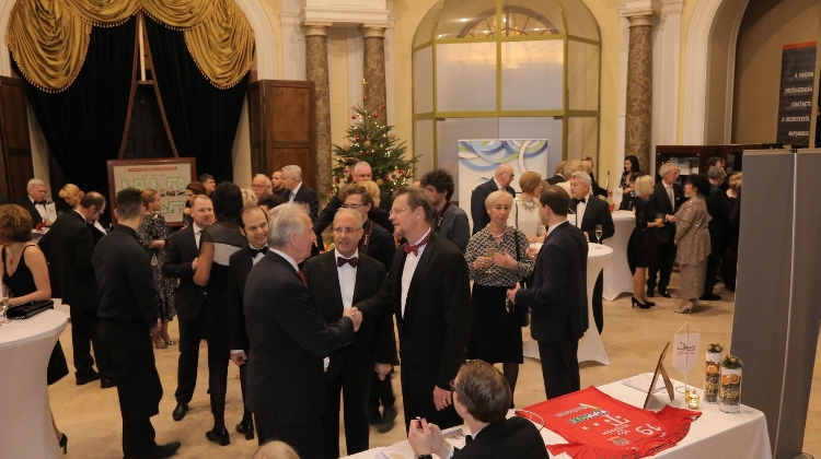 See What Happened @ German Business Club's Christmas Ball In Budapest