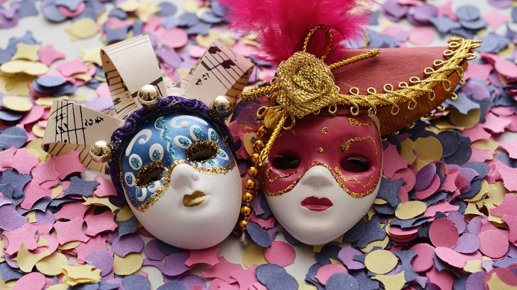 find the light carnival vajdahunyad casle 10 february