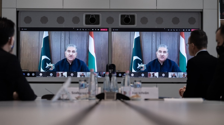Hungary & Pakistan Discuss More Economic Cooperation: Food Industry, Cyber Security, Medical Equipment