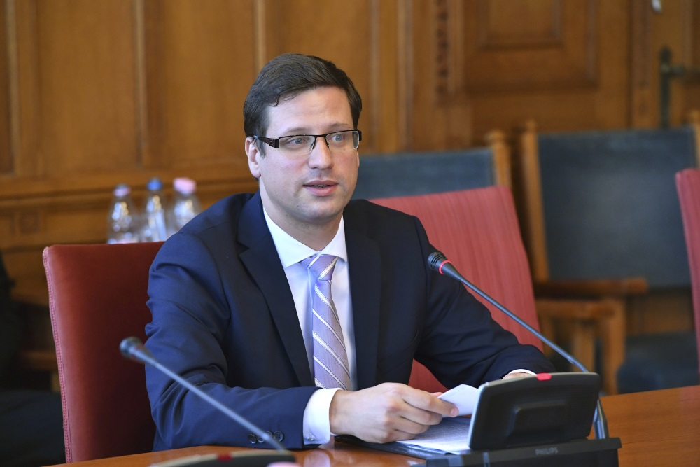 Gulyás Lauds 'Turnaround' In Germany's Migration Policy