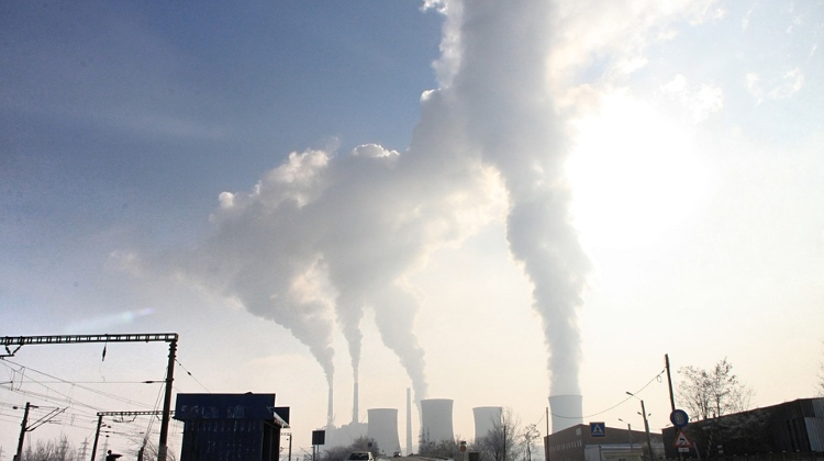EC Sues Hungary Over Air Pollution