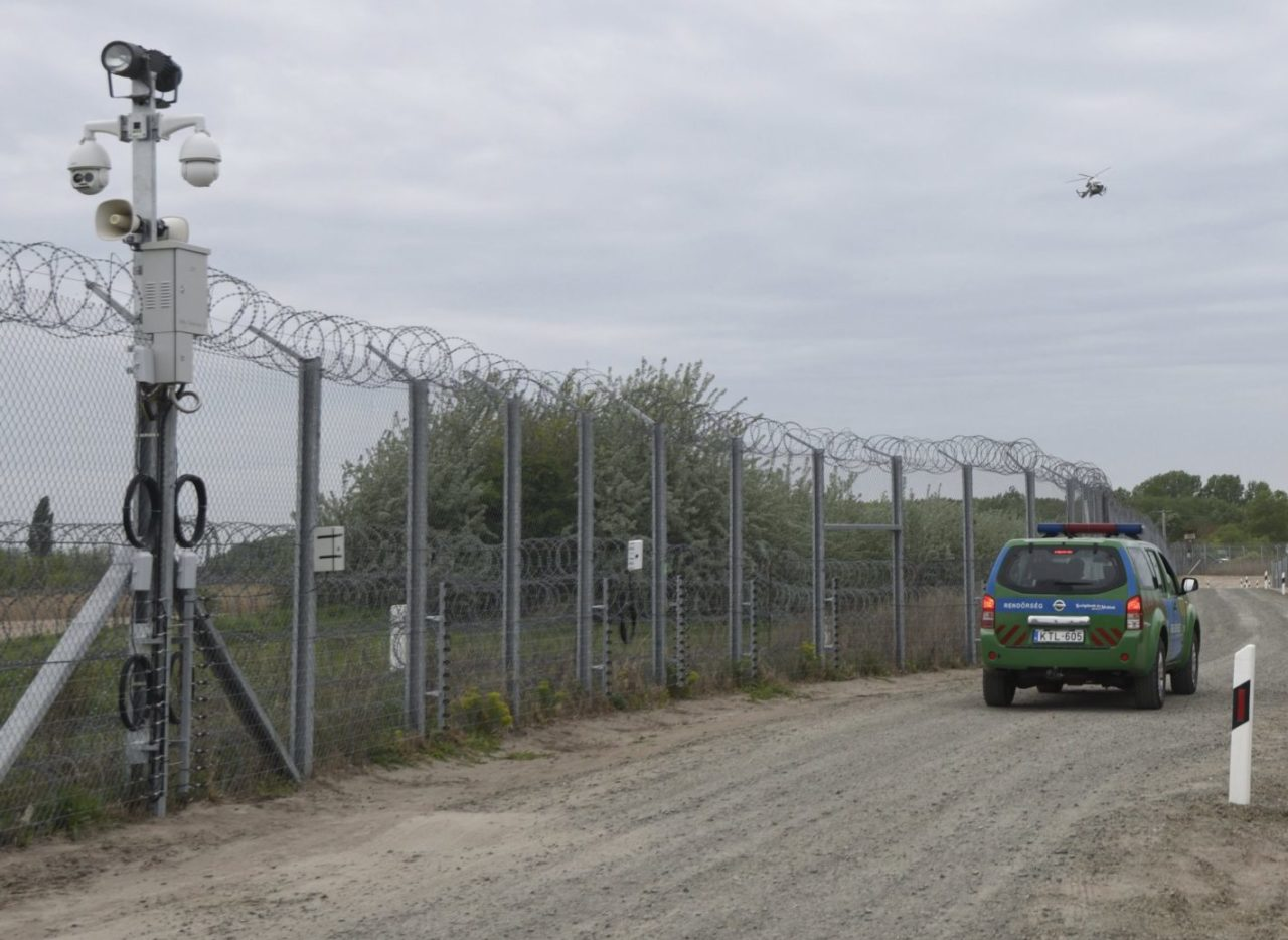 Hungarian Police To Help Protect Borders In Serbia, Macedonia