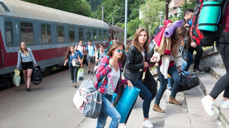 Baile Tusnad Summer University Programme Changed After Verdicts On Hungarian Issues