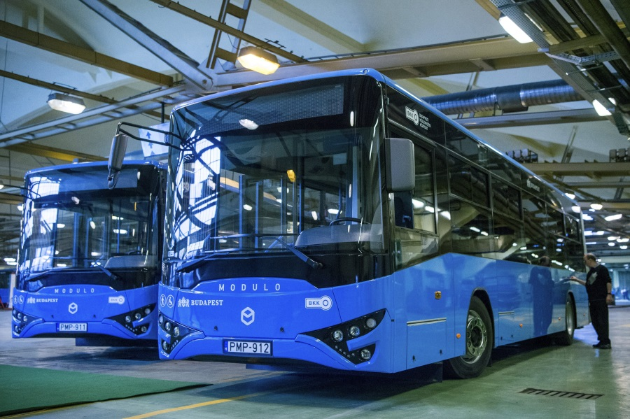 Public Transport Company BKV To Terminate Ikarus Contract