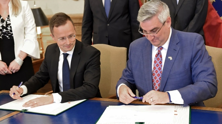 US State Of Indiana Pact Signed Allowing Notre Dame University Courses In Hungary