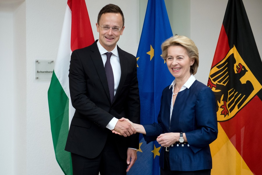 Hungary, Germany To Build Close Defence Cooperation