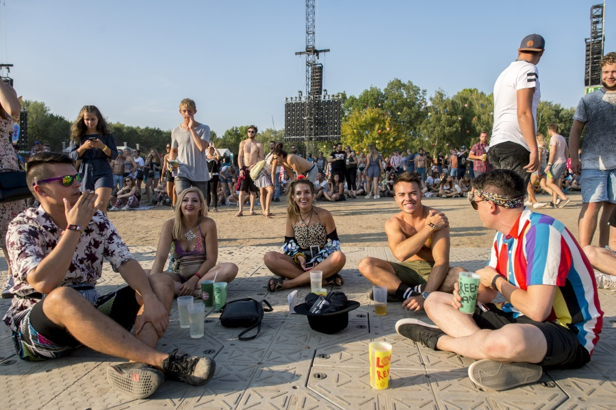 Ministry Supports Greener Sziget Project