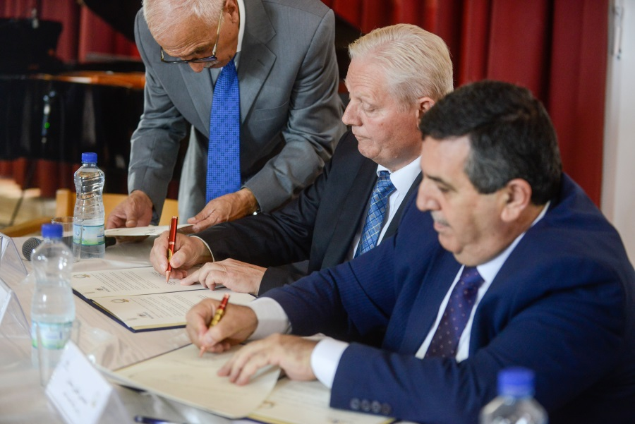 Budapest, Bethlehem Mayors Sign Twin City Accord
