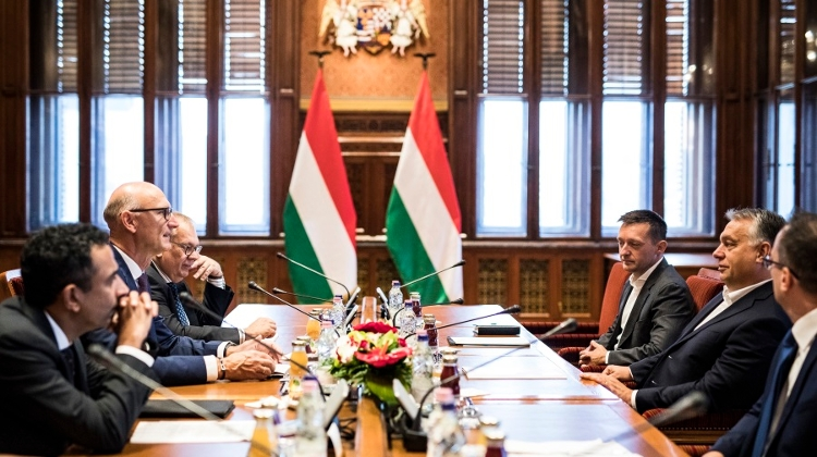 PM Held Talks With Executives Of Deutsche Telekom