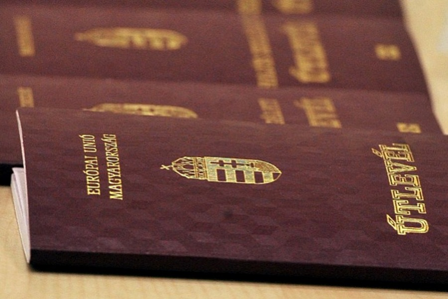 Ukrainian Nationalist Group Claims To Have Stolen Hungarian Citizens' Identification Documents