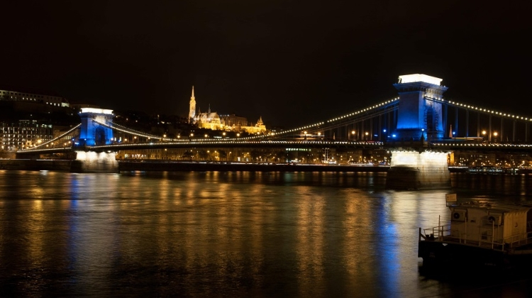 See Hungary's New Expat Community Ezine, 28 November – 4 December