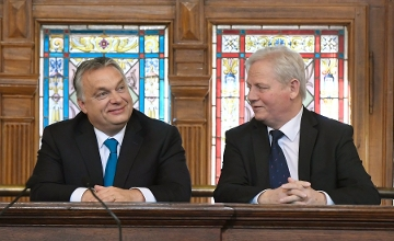 PM Orbán, Mayor Tarlos Sign Pact On Budapest Cooperation