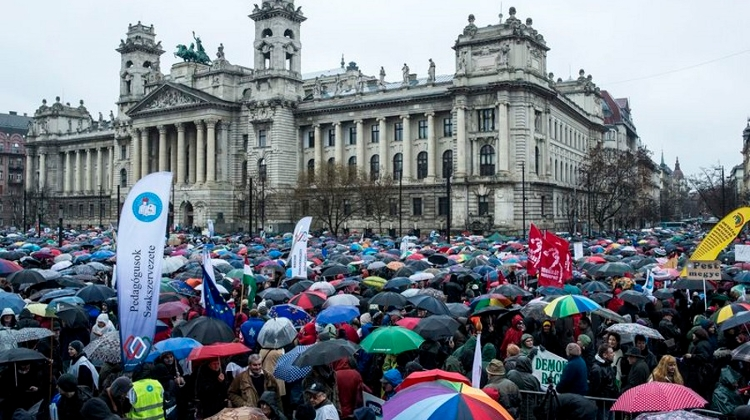 Opinion: Gov't Proposed Ban Of Protests On Public Holidays At Budapest's Symbolic Locations