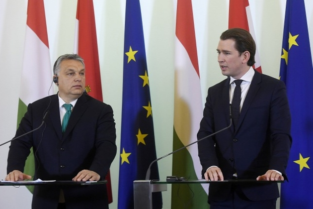 Video: Austria's Kurz Backs Hungary's Orban Against EU Migrant Quotas