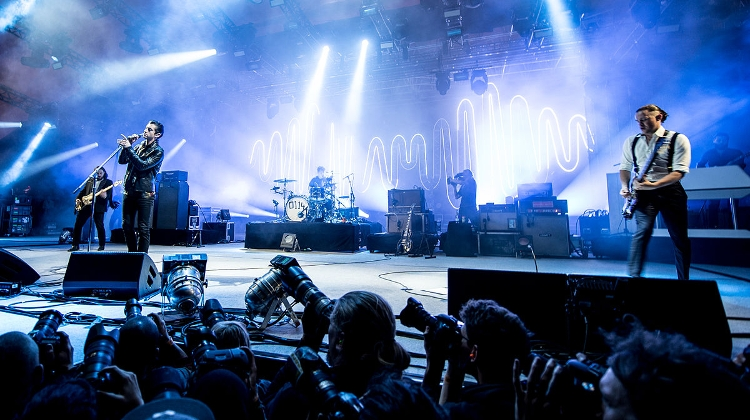 Video: Arctic Monkeys @ Sziget Festival Budapest, 14 August
