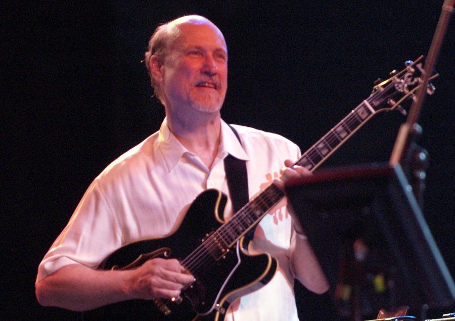Jazz-Rock Legend John Scofield To Play Budapest In May
