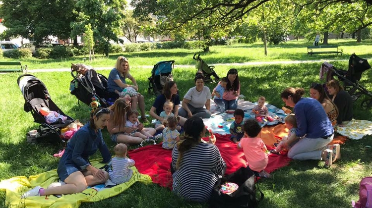 Sing Along Kids: Charity Picnic For Pető Institute