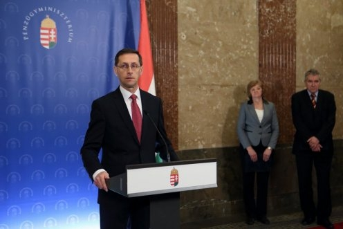 Hungarian Finance Minister Announces 8% Minimum Wage Hike For 2019, 2020