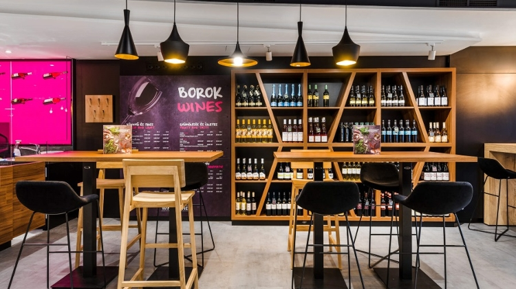 Hungary's 1st Winestone Eatery Opens In Mercure City Center