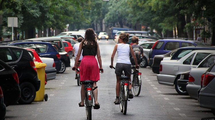 New 'Bike To Work' Campaign In Hungary