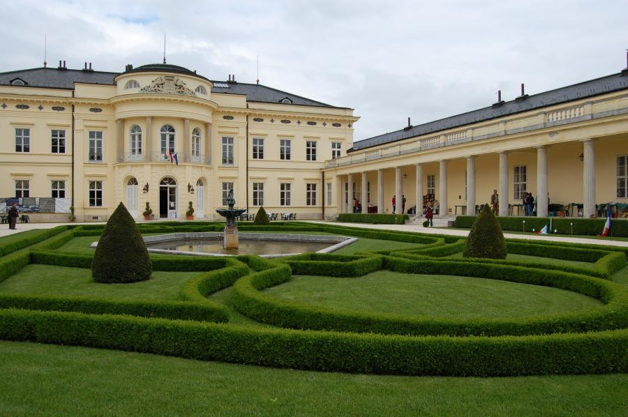 'European Art Of Garden Exhibition & Sale', Károlyi Stately Home Park, 1 - 3  June
