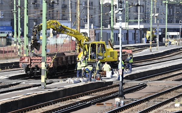 Budapest Déli Railway Station Closed For Two Weeks