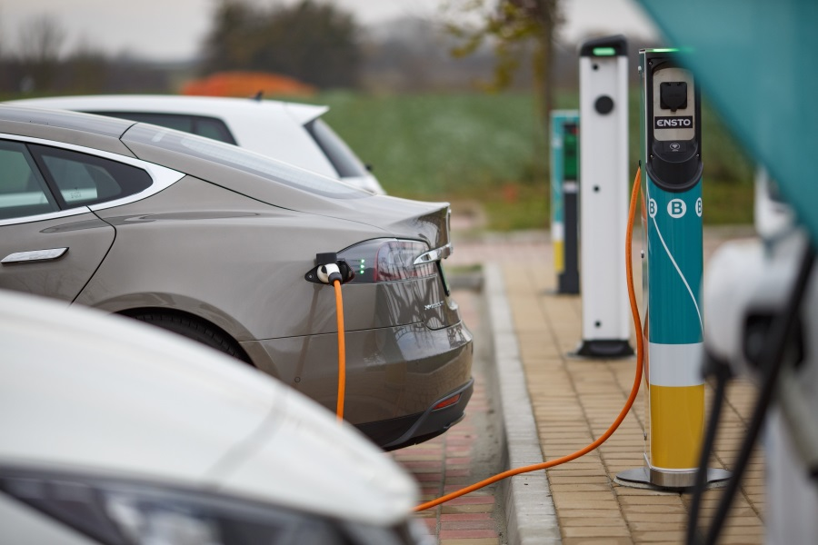 Hungary's Biggest E-Vehicle Charging Station Inaugurated