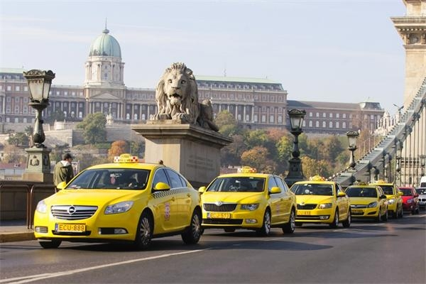 Budapest Taxi Drivers Submit Plan For Fare Hike