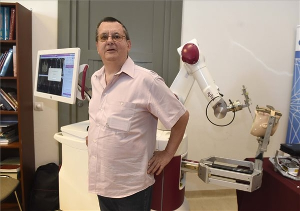 Robot Performs First Brain Surgery In Hungary