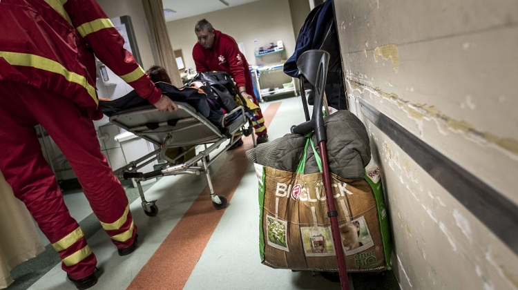 Hungarian Emergency Wards Face Difficulties In Daily Operation