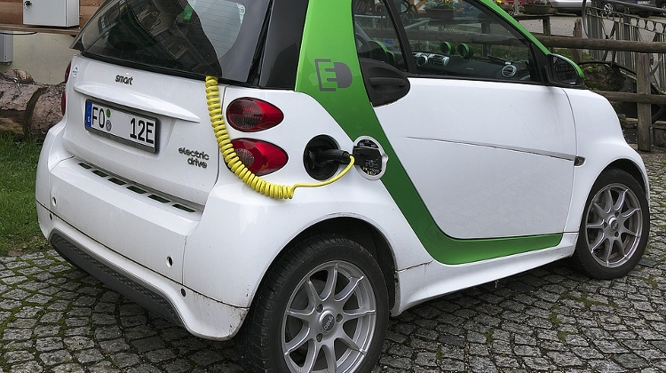 Metrodom Sees Demand For E-Cars Rise