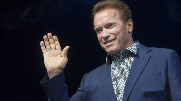 Arnie Denied Entry To Gucci Shop In Budapest
