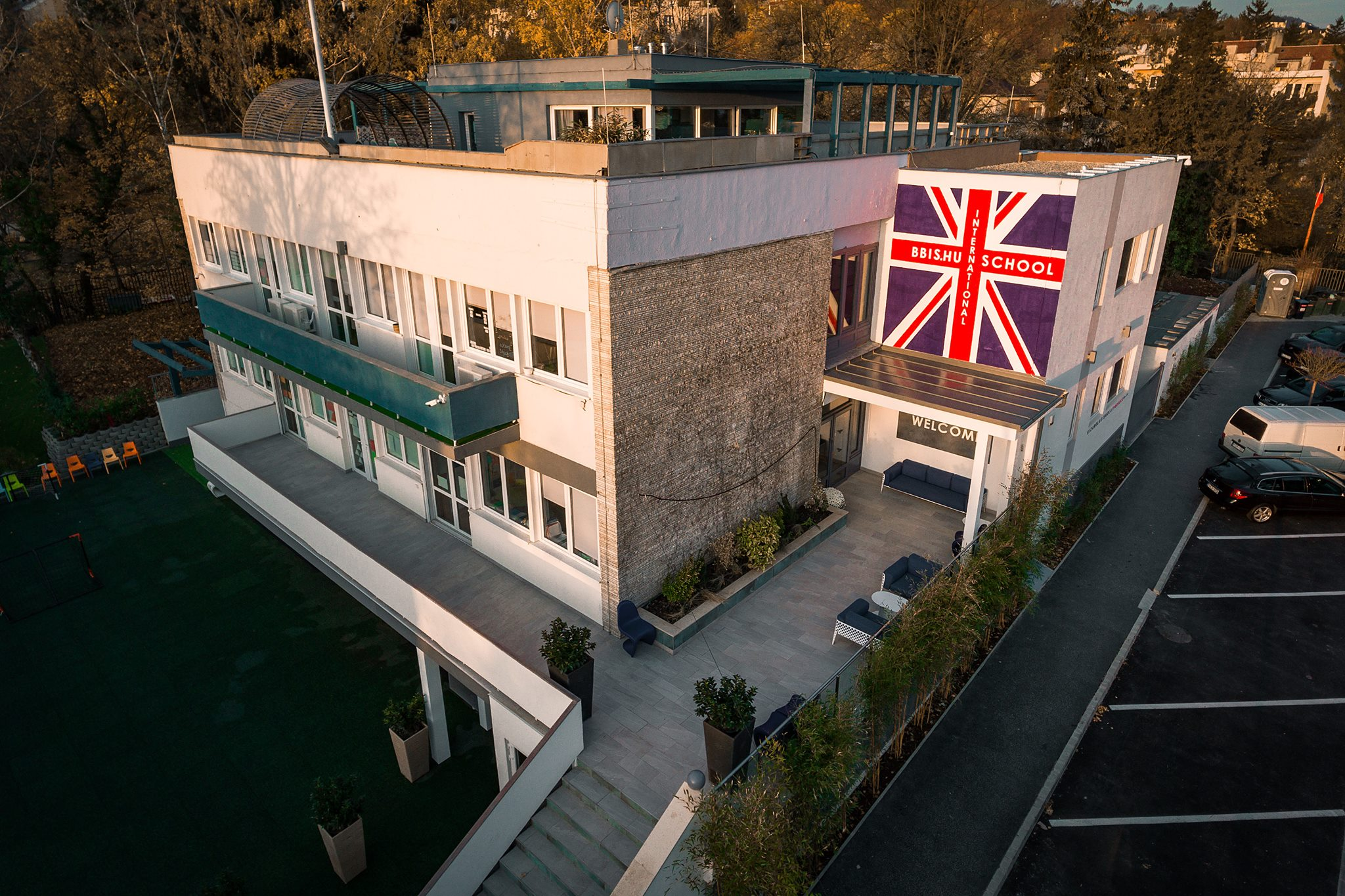 Video: Budapest British International School