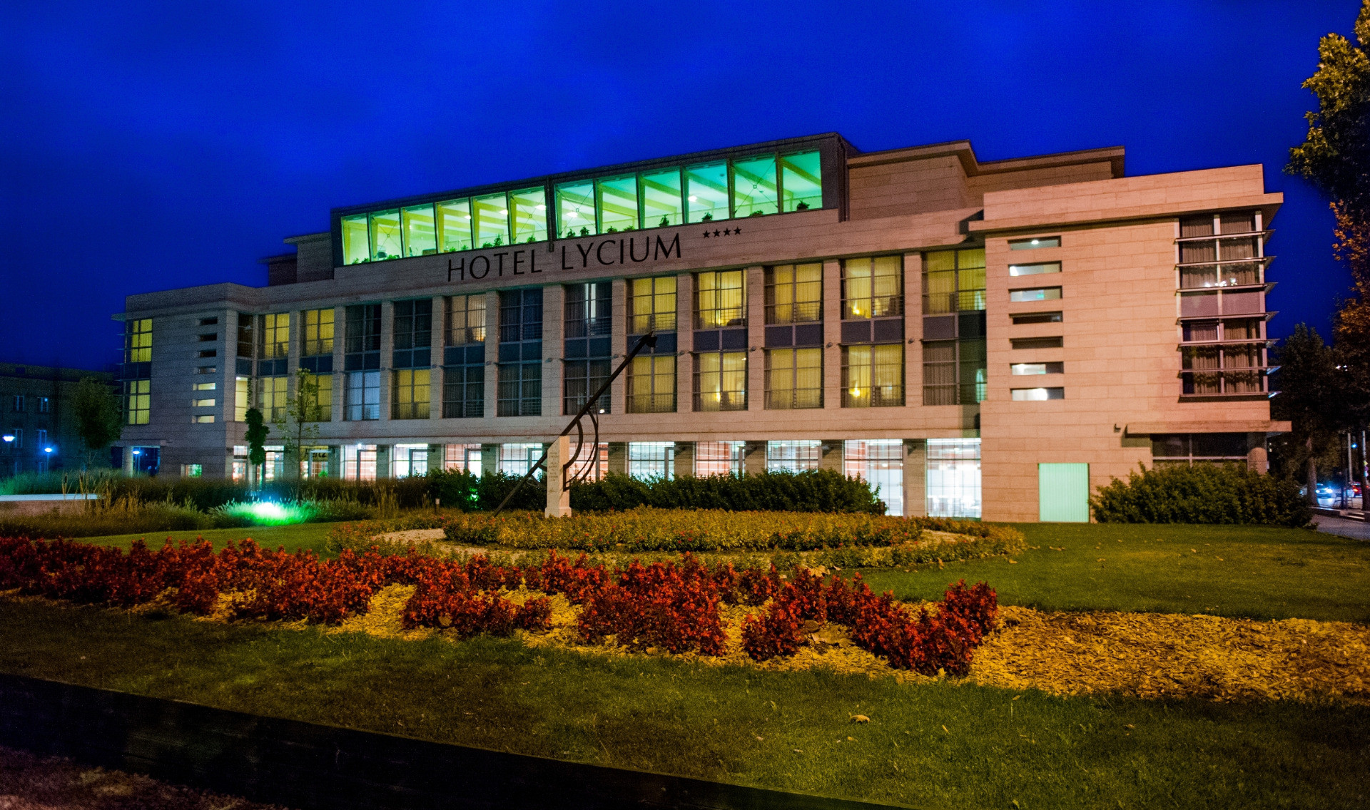 Introducing Kölcsey Convention Centre & Hotel Lycium In Debrecen