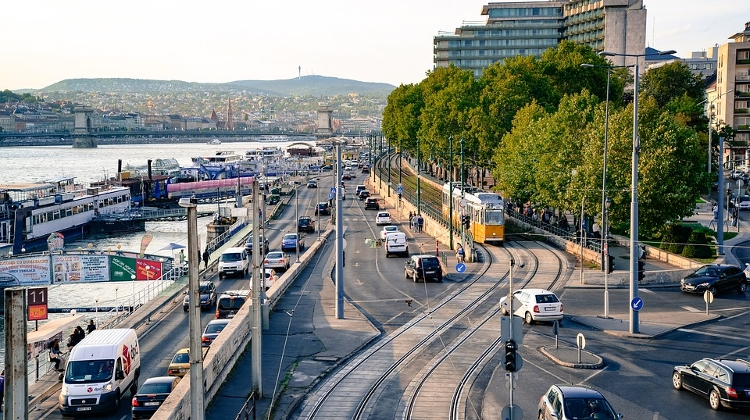 Central Budapest District Tests Parking Sensor Tech