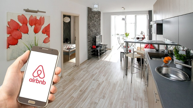 Airbnb To Disclose Prices In Hungarian