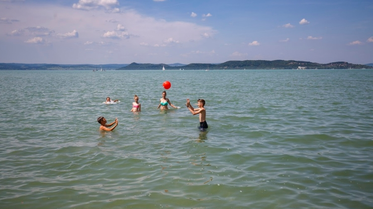 Discount Chains Bring Lower Prices To Lake Balaton