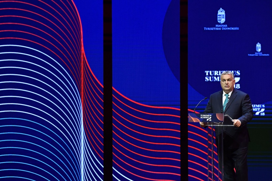 Video: 'WOW Hungary' National Brand Unveiled At Tourism Summit