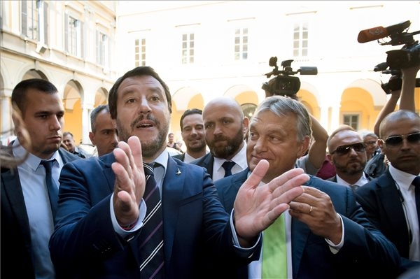 Video: Hungary & Italy Vow To Stop Mass Migration, Macron Declares Himself Their Main Opponent