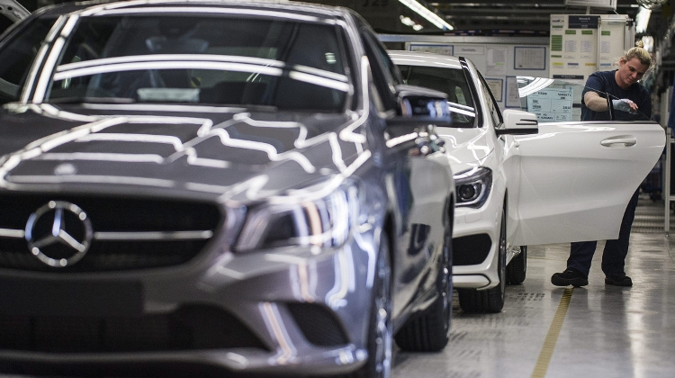 No Risk To Expansion Of Mercedes Plant In Central Hungary