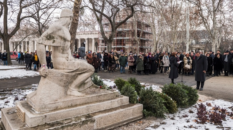 Centenary Of Hungarian Poet Ady's Death Marked