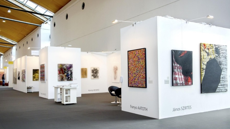 Várfok Gallery Budapest Participates At Karlsruhe International Art Fair