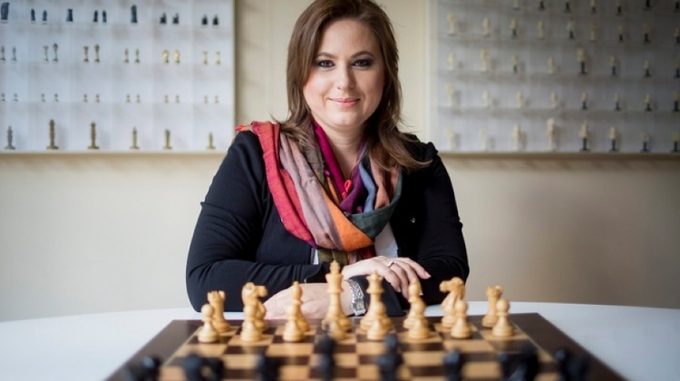 Hungarian Chess Master First Recipient Of New European Award