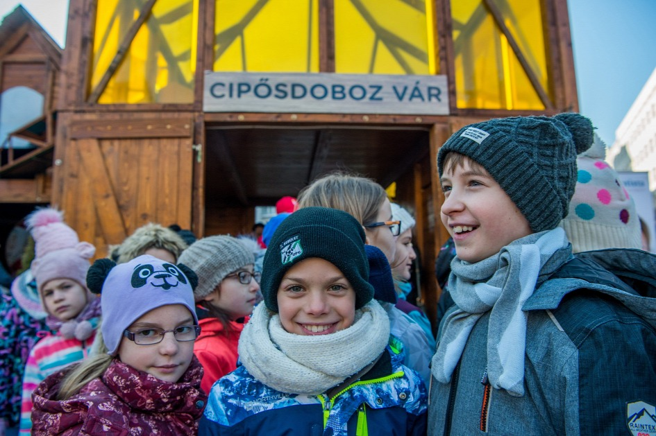 Hungary's Baptist Charity Aims To Collect 60,000 Gifts For Needy Children