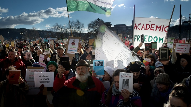 Video: Thousands Protest For Academic Freedom In Budapest