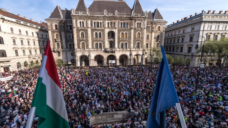 Video: Hungary – Small Nation In Global Spotlight