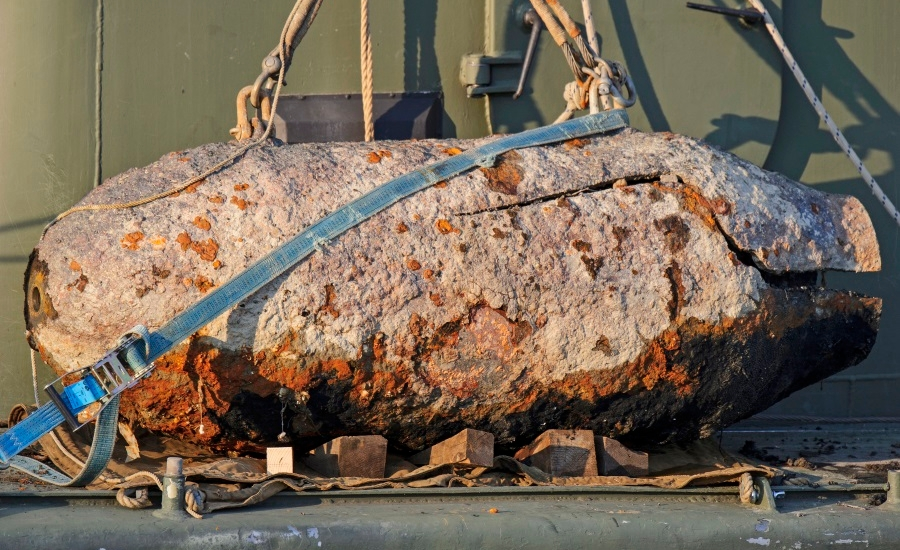WW2 Bombs In Danube Defused In Budapest