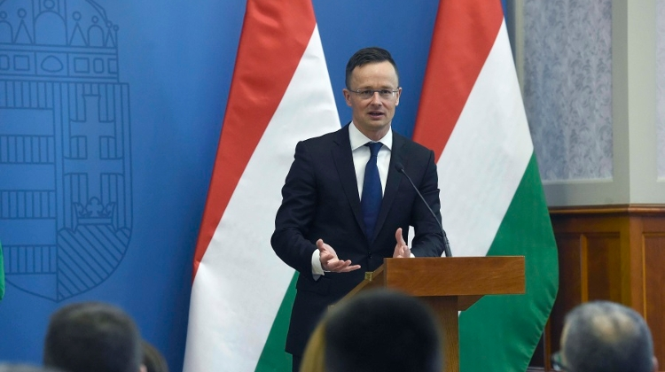 Hong Kong, Hungary Officials In Talks On Strengthening Economic Ties