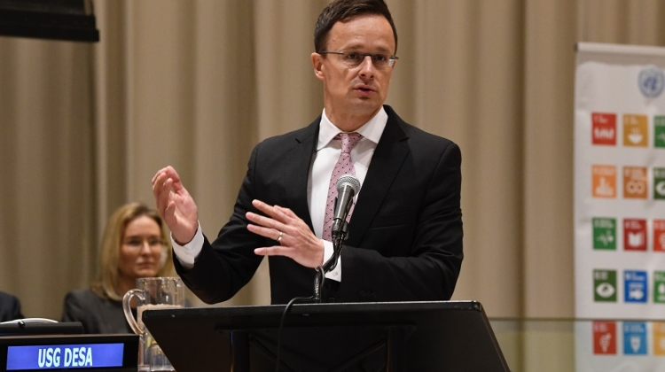 FM Szijjártó: Swedish PM 'Forcing Migrants' On Hungary
